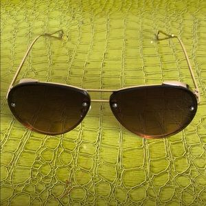 Also women's sunglasses